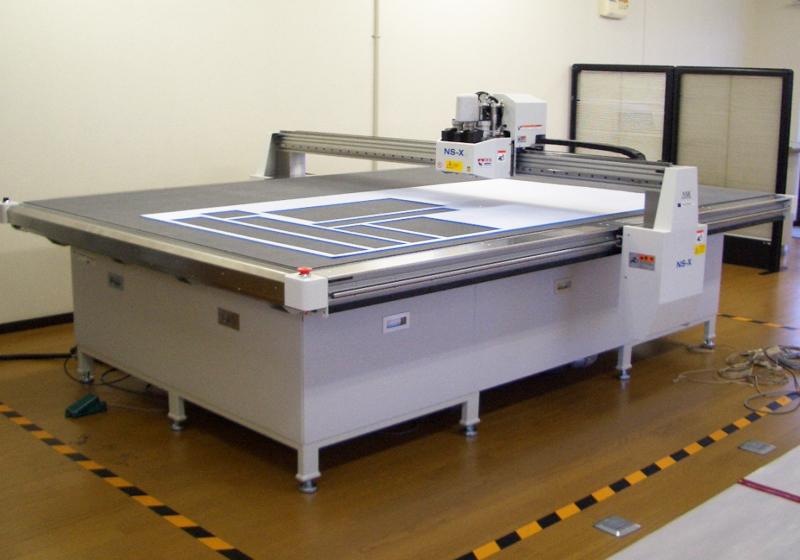 CAD設計・サンプルカッター